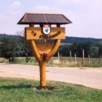 poutač na okraji obce Čučice